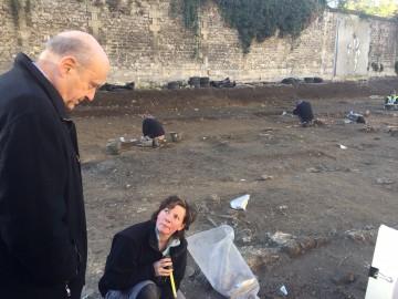Avec Alain Juppé, visite d'une nécropole antique exceptionnelle découverte à Bordeaux