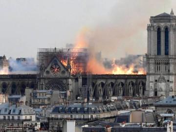 #NotreDame : et maintenant reconstruire